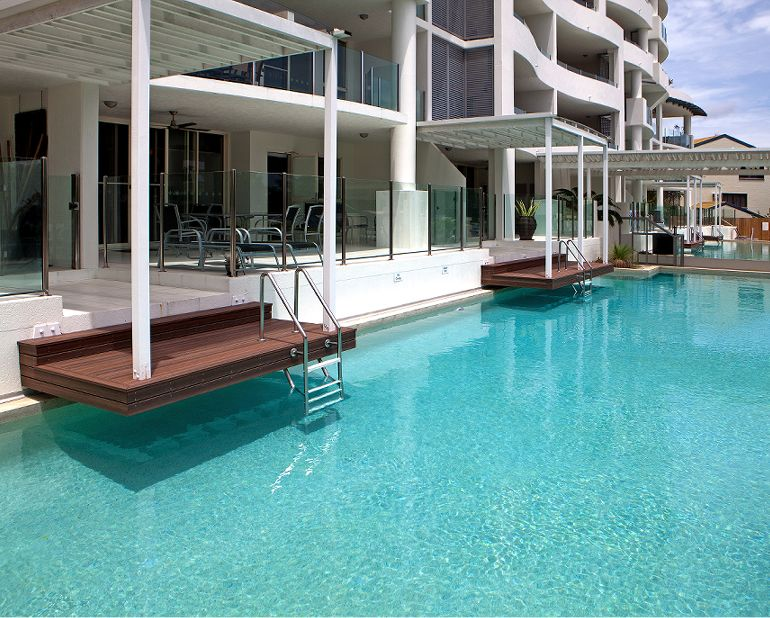 Waters Edge Cairns Luxury Apartment Accommodation Cairns