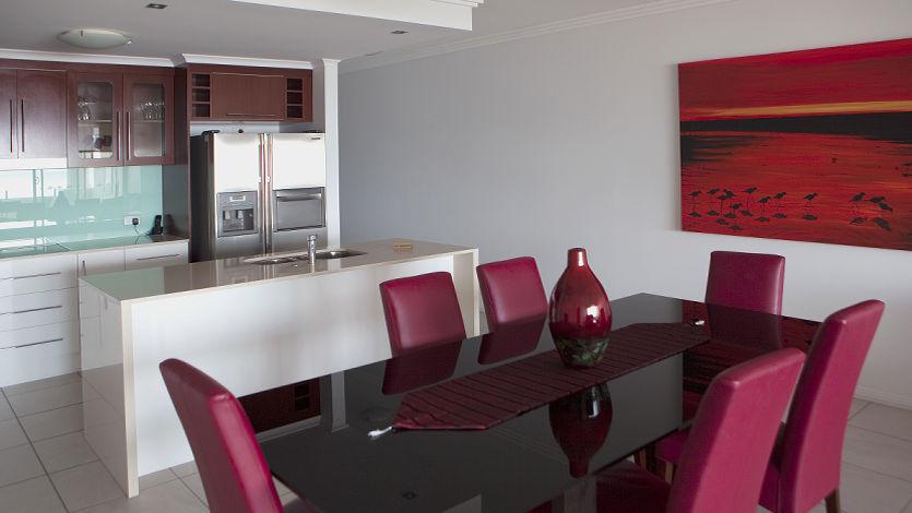 Waters Edge Cairns 5 Star Luxury Apartments 1 bedroom ocean front