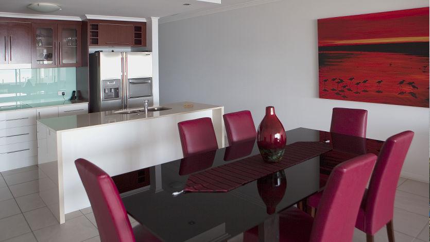 Waters Edge Cairns 5 Star Luxury Apartments 12 bedroom ocean front
