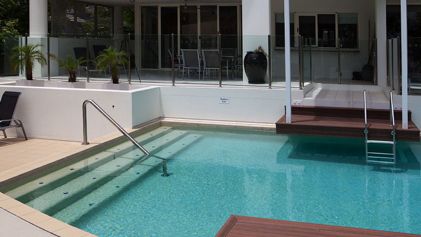 Waters Edge Cairns 5 Star Luxury Apartments 3 bedroom swimout