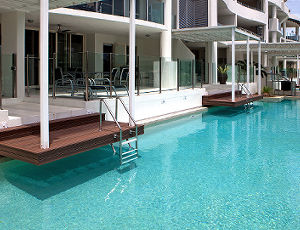 3 Bedroom Swim Out Waters Edge Cairns Luxury Apartment